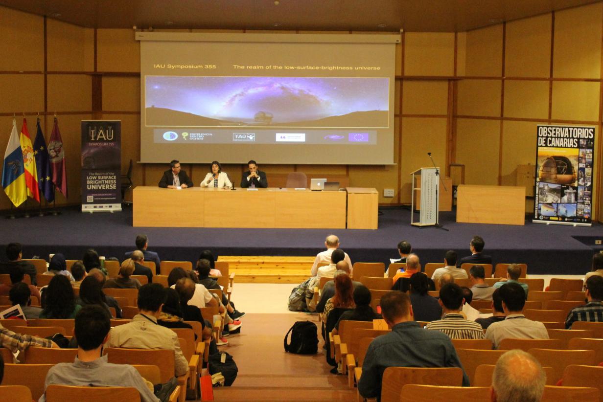 Resultado de imagen de Congreso Profesional de físicos