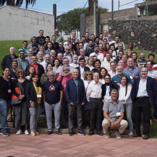 "Participants at the conference ""Giving an impulse to Astrophysics in Spain: 50 years of doctoral theses at the IAC""."