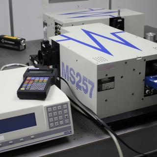General view of the spectroradiometer in the laboratory